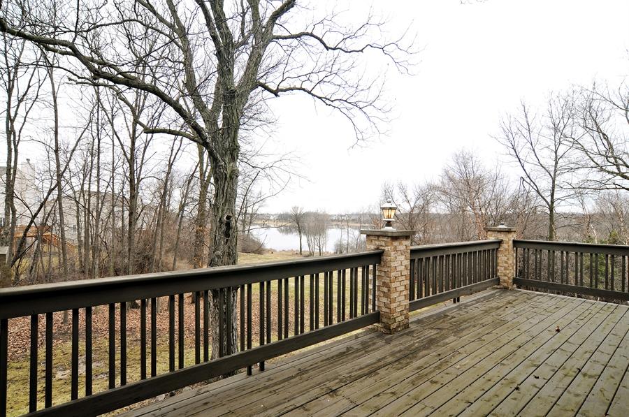 Real Estate Photography - 1071 E Bonner, Wauconda, IL, 60084 - Deck
