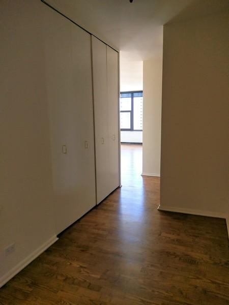 Real Estate Photography - 3150 North Lake Shore Drive, 17F, Chicago, IL, 60657 -