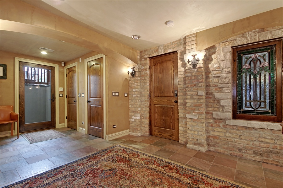 Real Estate Photography - 6087 N Kirkwood, Chicago, IL, 60646 - Lower Level