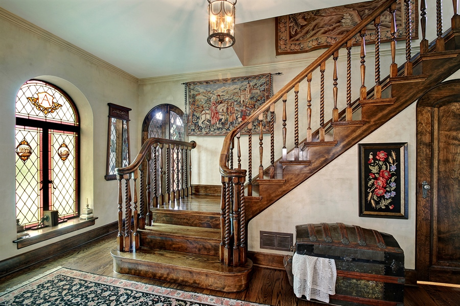 Real Estate Photography - 6087 N Kirkwood, Chicago, IL, 60646 - Staircase
