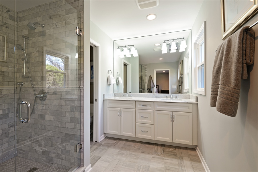 Real Estate Photography - 350 Sunset Dr, Northfield, IL, 60093 - Master Bathroom