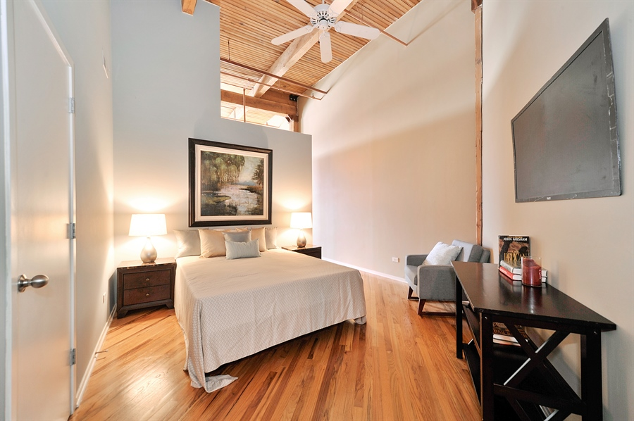 Real Estate Photography - 616 W Fulton St, 608, Chicago, IL, 60661 - Master Bedroom