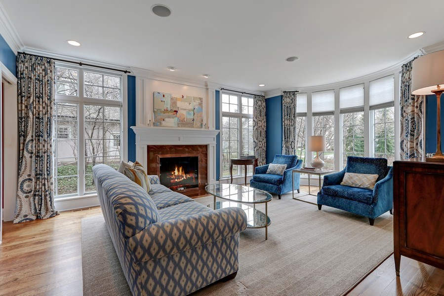 Real Estate Photography - 597 Golf Ln, Lake Forest, IL, 60045 - Living Room