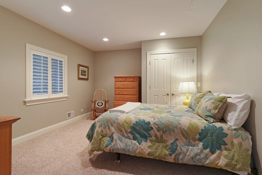 Real Estate Photography - 597 Golf Ln, Lake Forest, IL, 60045 - 5th Bedroom
