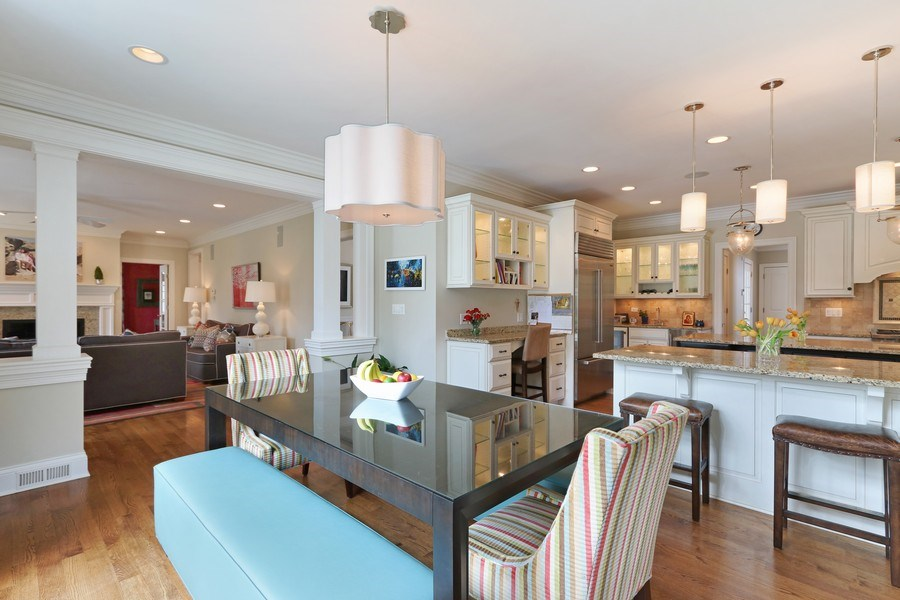 Real Estate Photography - 597 Golf Ln, Lake Forest, IL, 60045 - Kitchen / Breakfast Room