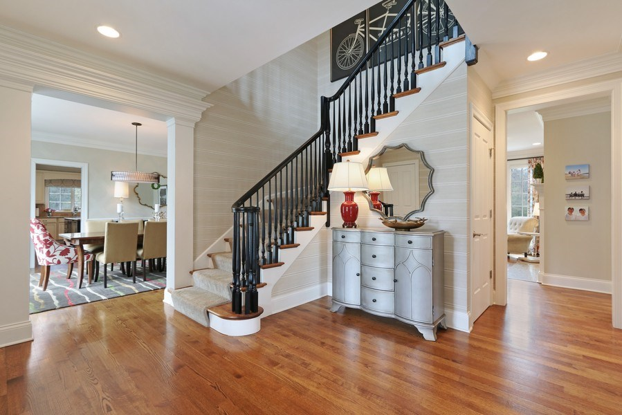 Real Estate Photography - 597 Golf Ln, Lake Forest, IL, 60045 - Foyer
