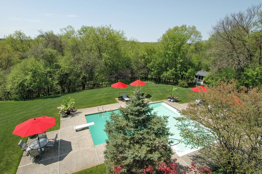 Real Estate Photography - 306 Ridge Rd, Barrington Hills, IL, 60010 - Pool