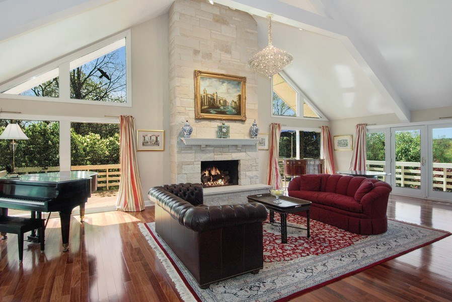 Real Estate Photography - 306 Ridge Rd, Barrington Hills, IL, 60010 - Great Room/Family Room