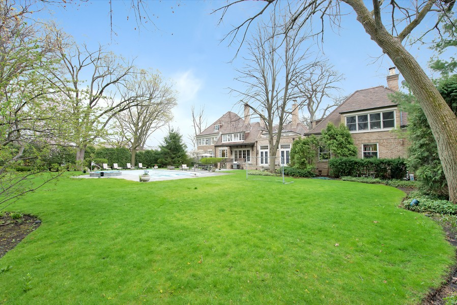 Real Estate Photography - 500 Elmwood, Wilmette, IL, 60091 -
