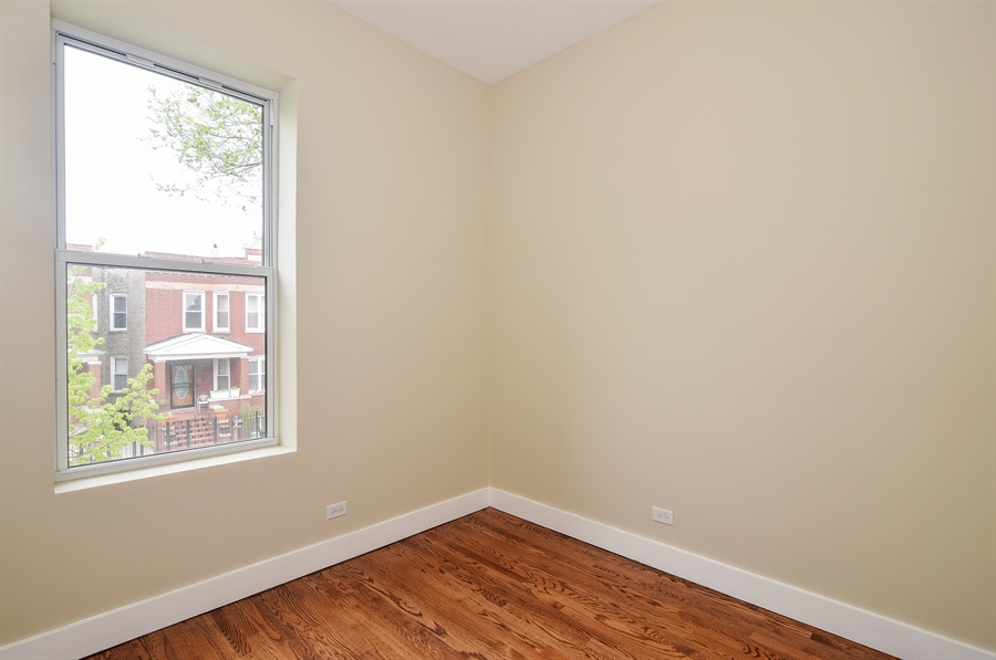 Real Estate Photography - 3659 W Shakespeare, Chicago, IL, 60647 - Kids Bedroom