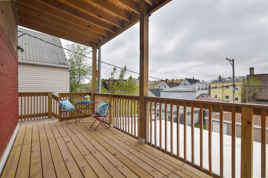 Real Estate Photography - 3659 W Shakespeare, Chicago, IL, 60647 - Deck
