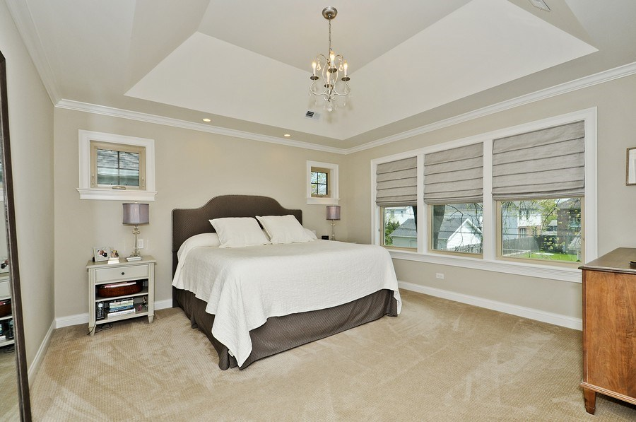 Real Estate Photography - 915 Rolling Pass Ave, Glenview, IL, 60025 - Master Bedroom