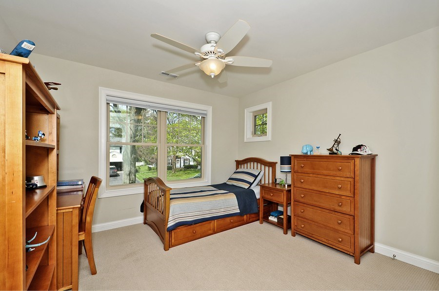 Real Estate Photography - 915 Rolling Pass Ave, Glenview, IL, 60025 - 4th Bedroom