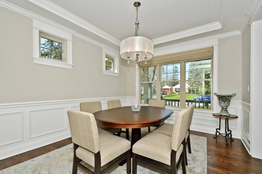 Real Estate Photography - 915 Rolling Pass Ave, Glenview, IL, 60025 - Dining Room