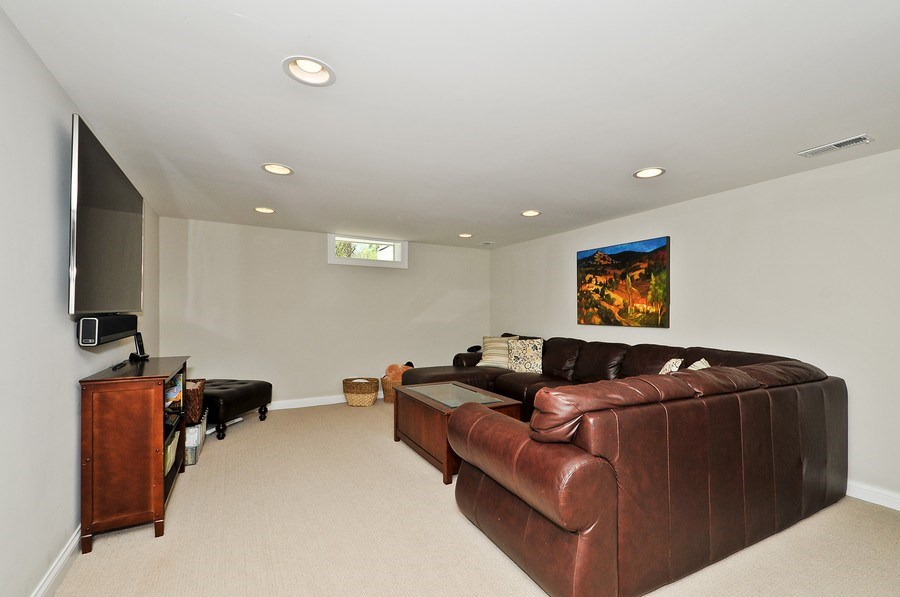 Real Estate Photography - 915 Rolling Pass Ave, Glenview, IL, 60025 - Recreation Room