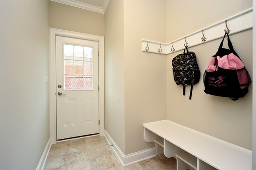 Real Estate Photography - 915 Rolling Pass Ave, Glenview, IL, 60025 - Mud Room