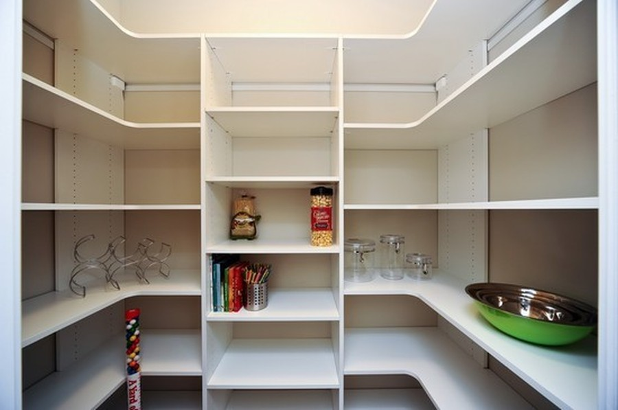 Real Estate Photography - 915 Rolling Pass Ave, Glenview, IL, 60025 - Walk-in Pantry