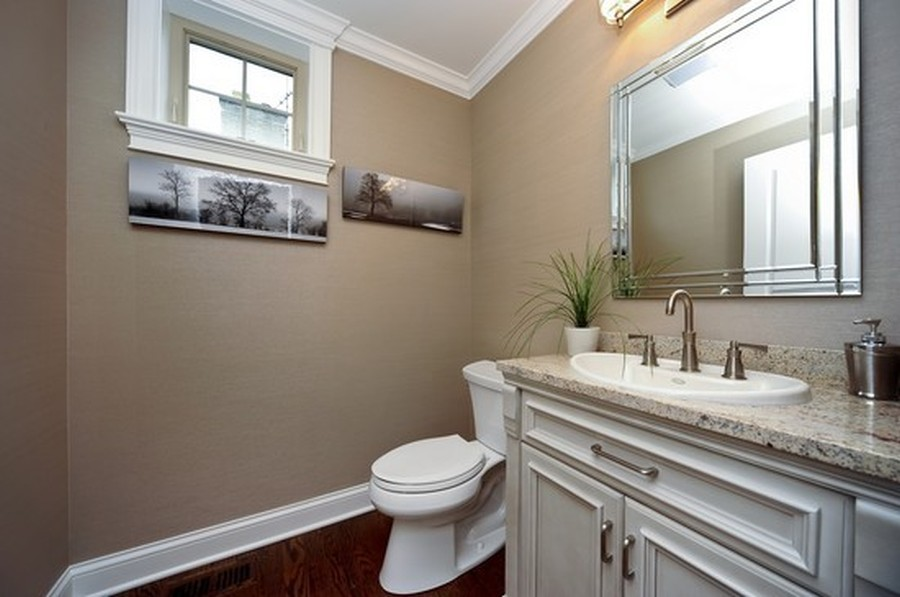 Real Estate Photography - 915 Rolling Pass Ave, Glenview, IL, 60025 - Powder Room