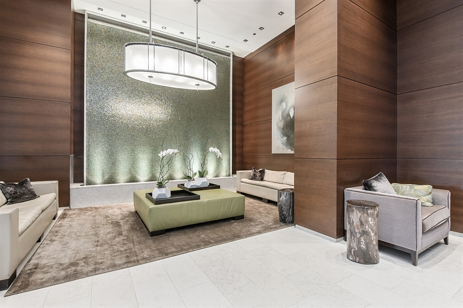 Real Estate Photography - 1211 S Prairie, Unit 3101, Chicago, IL, 60616 - Lobby