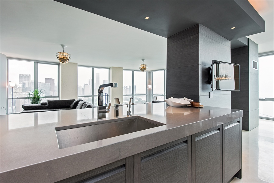 Real Estate Photography - 1211 S Prairie, Unit 3101, Chicago, IL, 60616 - Kitchen