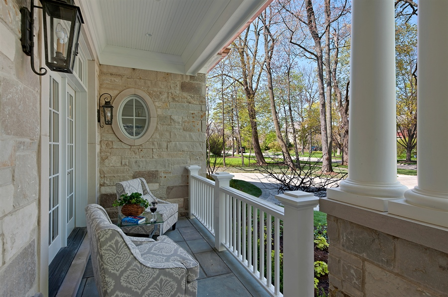 Real Estate Photography - 770 Greenwood, Glencoe, IL, 60022 - Porch