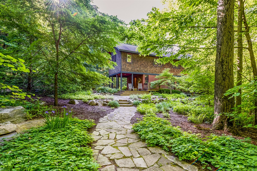 Real Estate Photography - 44 Camp Madron, Buchanan, MI, 49107 - Front View