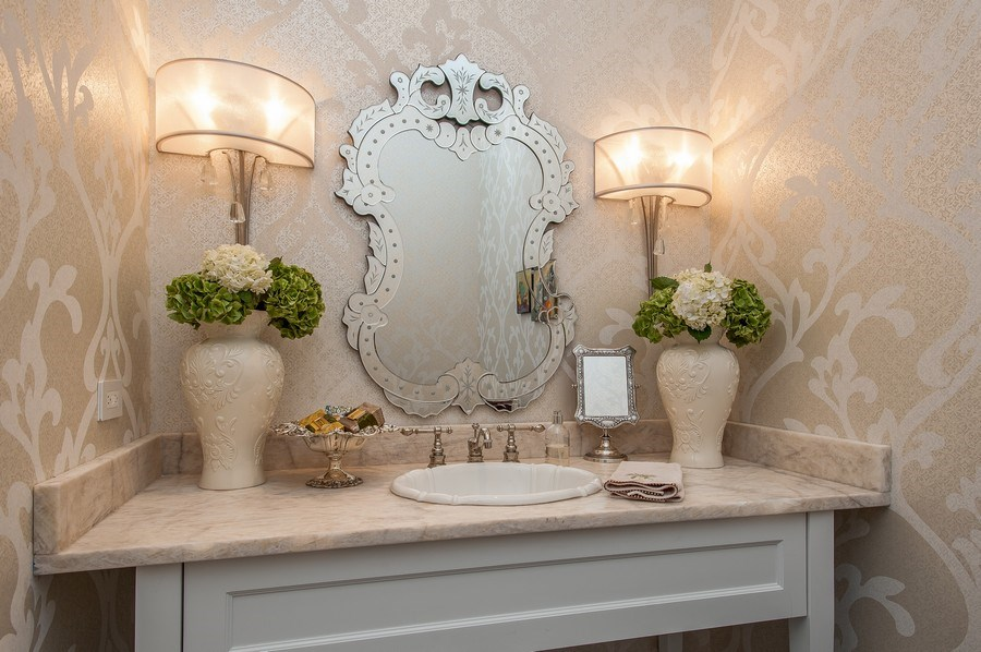 Real Estate Photography - 414 Warwick Rd, Kenilworth, IL, 60043 - Powder Room