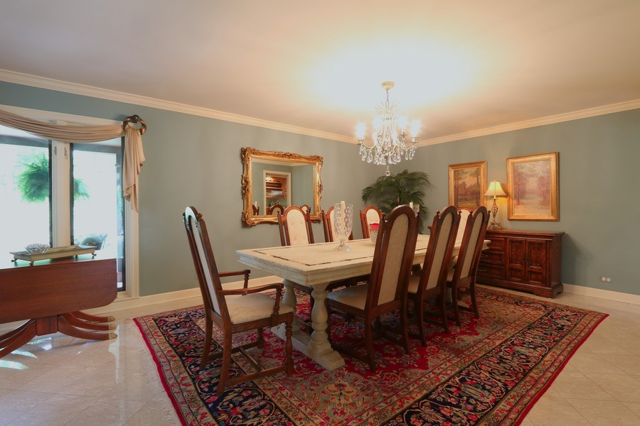 Real Estate Photography - 4541 Tall Oak Ln, Rolling Meadows, IL, 60008 - Dining Room