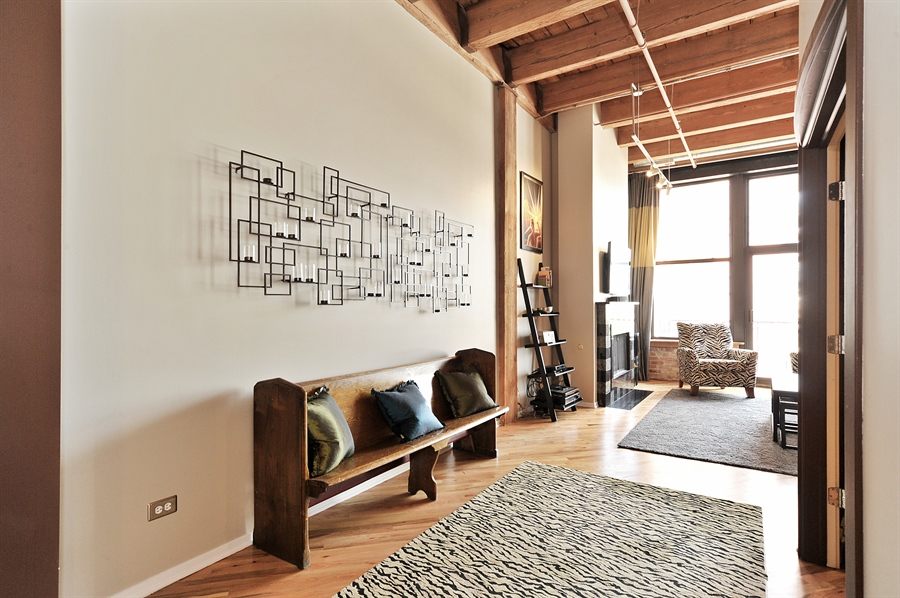 Real Estate Photography - 616 W Fulton St, Unit 403, Chicago, IL, 60661 - Living Room