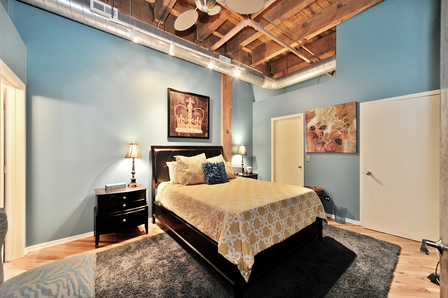 Real Estate Photography - 616 W Fulton St, Unit 403, Chicago, IL, 60661 - Master Bedroom