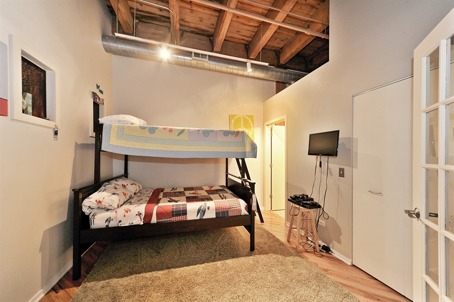 Real Estate Photography - 616 W Fulton St, Unit 403, Chicago, IL, 60661 - 2nd Bedroom