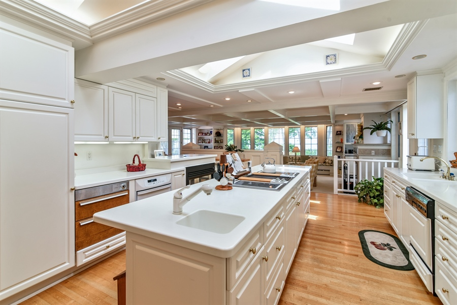 Real Estate Photography - 1744 M63, Benton Harbor, MI, 49022 - Kitchen