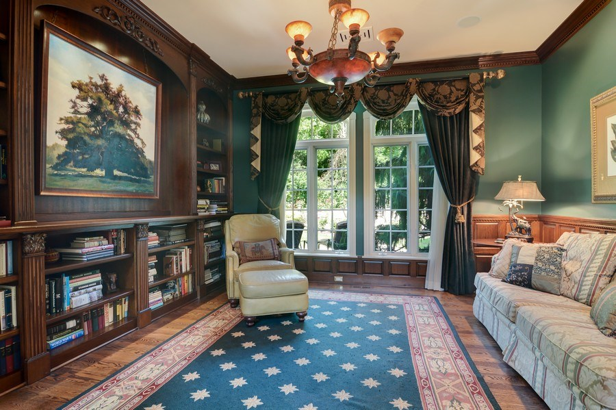 Real Estate Photography - 4302 Olde Indian Creek Ln, Long Grove, IL, 60047 - Study