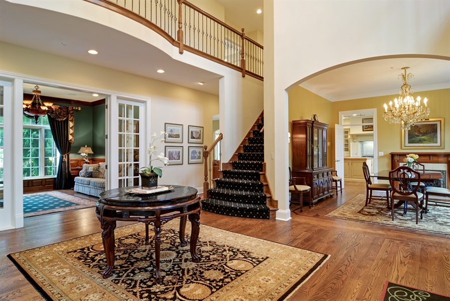 Real Estate Photography - 4302 Olde Indian Creek Ln, Long Grove, IL, 60047 - Foyer