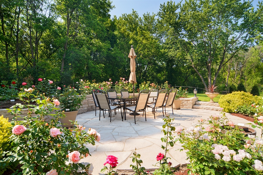 Real Estate Photography - 4302 Olde Indian Creek Ln, Long Grove, IL, 60047 - Patio