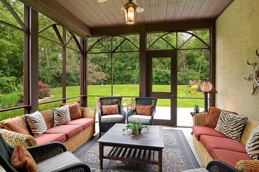 Real Estate Photography - 4302 Olde Indian Creek Ln, Long Grove, IL, 60047 - Screen Porch