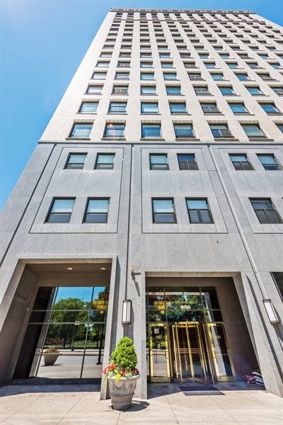 Real Estate Photography - 910 S Michigan Avenue, 1705, Chicago, IL, 60605 - Front View