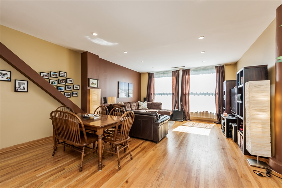 Real Estate Photography - 431 S Dearborn, 807, Chicago, IL, 60605 - Living Room