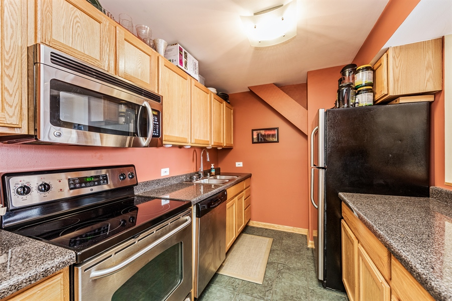 Real Estate Photography - 431 S Dearborn, 807, Chicago, IL, 60605 - Kitchen
