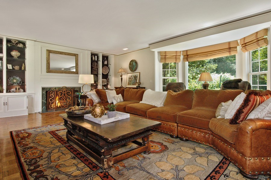 Real Estate Photography - 209 Kelsey Rd, Barrington, IL, 60010 - Living Room