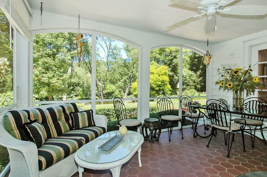 Real Estate Photography - 209 Kelsey Rd, Barrington, IL, 60010 - Screen Porch