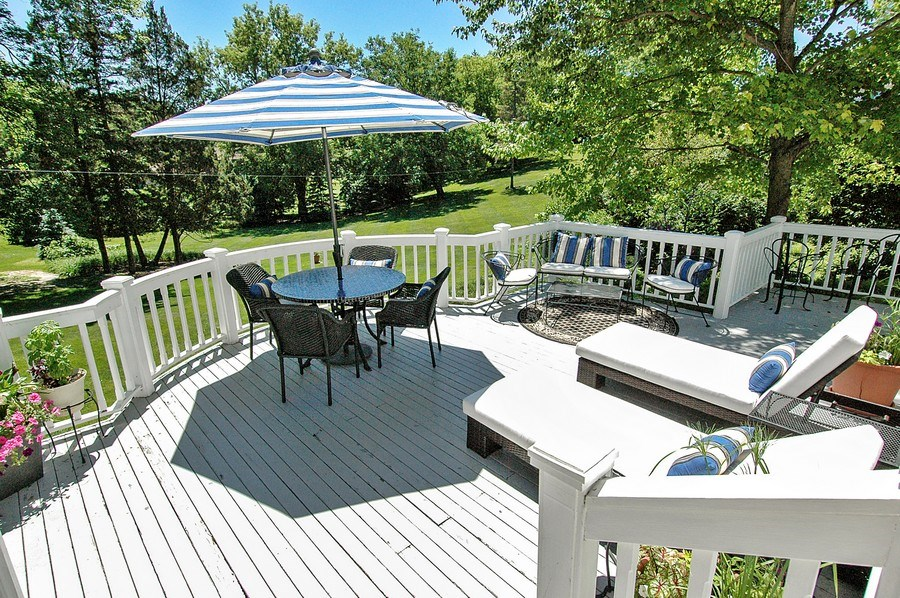 Real Estate Photography - 209 Kelsey Rd, Barrington, IL, 60010 - Deck