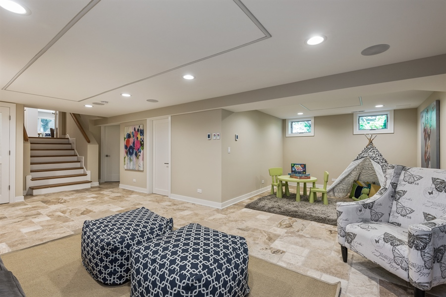 Real Estate Photography - 49 Park Ln, Golf, IL, 60029 - Play / Recreational Room