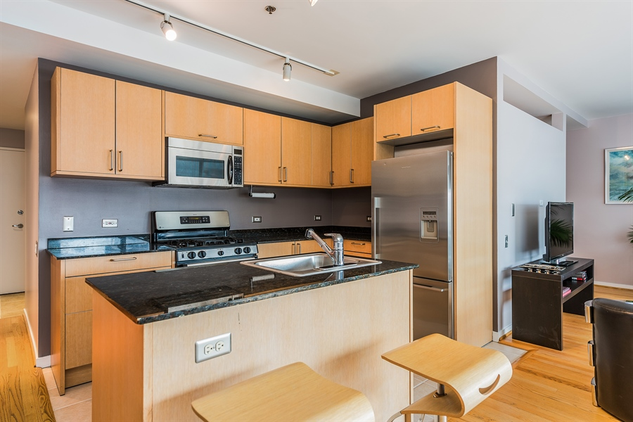 Real Estate Photography - 510 W Erie, Unit 807, Chicago, IL, 60654 - Kitchen