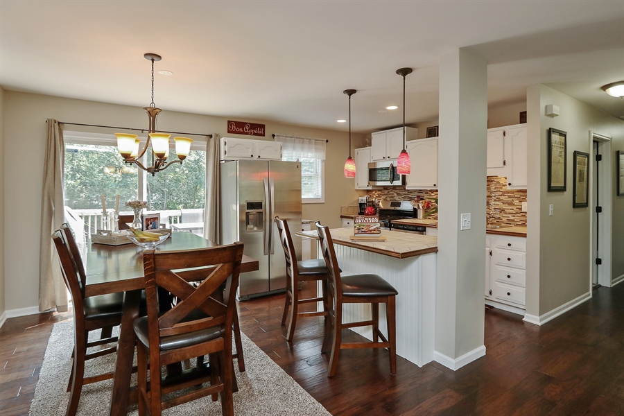 Real Estate Photography - 20745 W Genoa Ave, Lake Villa, IL, 60046 - Kitchen / Breakfast Room