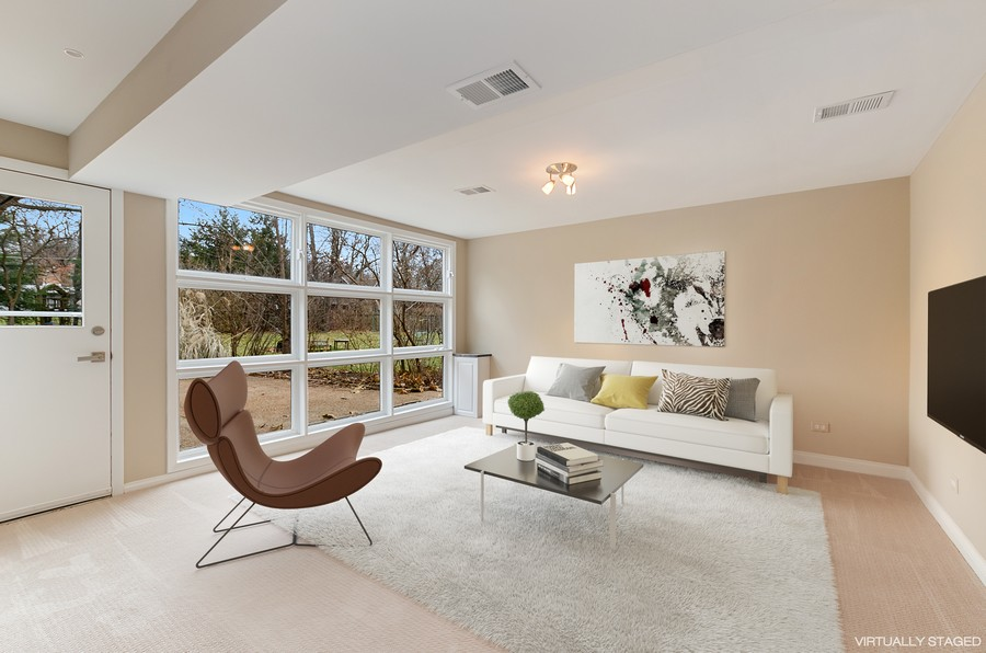 Real Estate Photography - 867 Auburn, Highland Park, IL, 60035 - Family Room