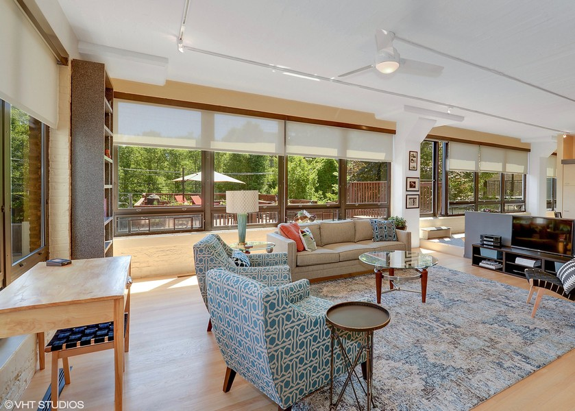 Real Estate Photography - 1855 N Halsted St, 4, Chicago, IL, 60614 - Living Room/Dining Room