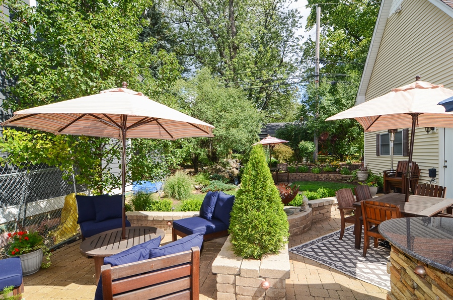 ... Real Estate Photography   5305 Park Avenue, Downers Grove, IL, 60515    Patio ...