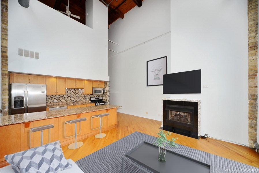 Real Estate Photography - 2614 N Clybourn, 408, Chicago, IL, 60614 - Living Room