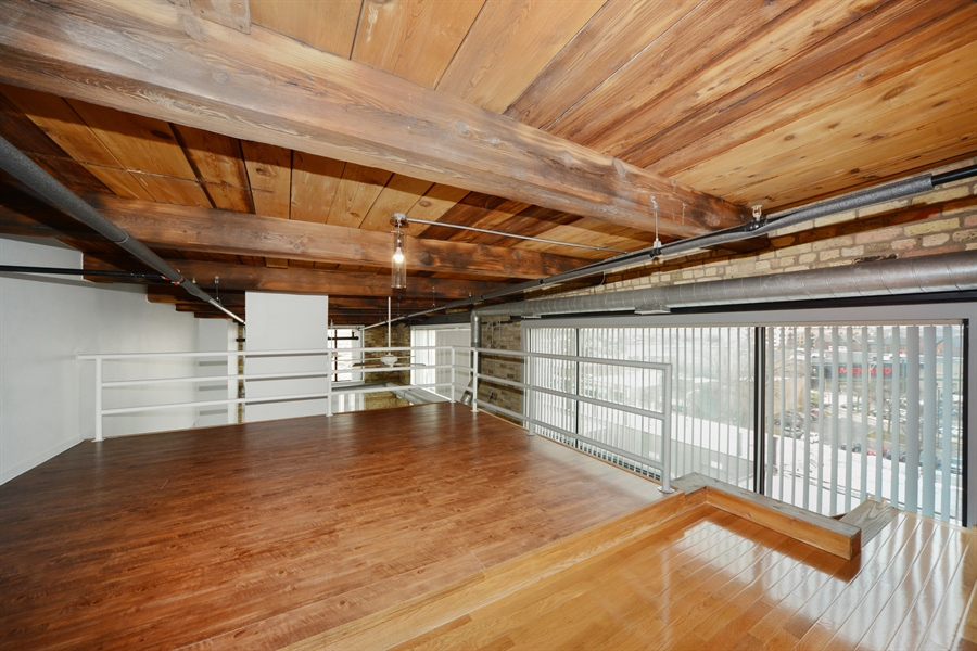Real Estate Photography - 2614 N Clybourn, 408, Chicago, IL, 60614 - Bedroom